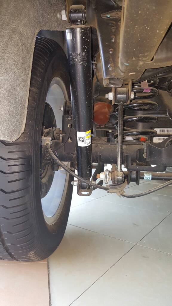 is that a magnetic ride suspension on tahoe ltz chevy tahoe forum gmc yukon forum tahoe. Black Bedroom Furniture Sets. Home Design Ideas