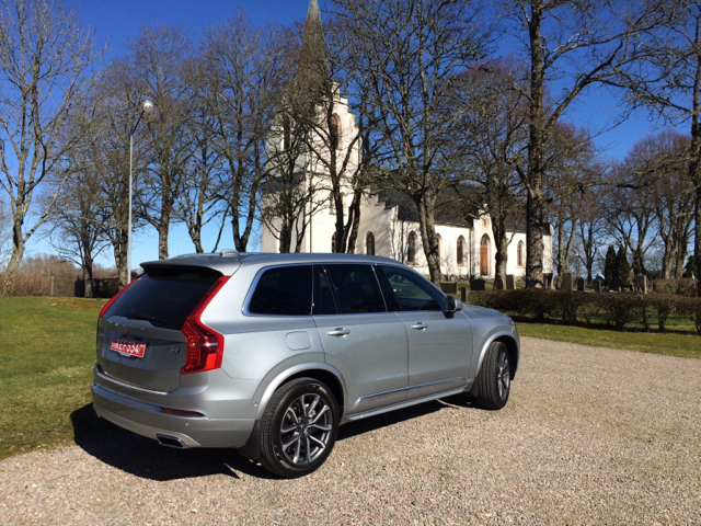 Show me your Electric Silver and Bursting Blue XC90 R-Design