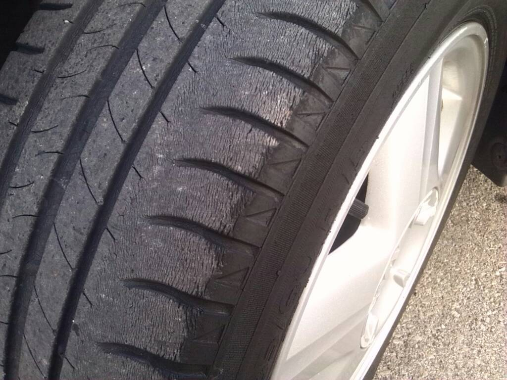 Tires Goodyear UltraGrip Ice 2: reviews of owners, characteristics. Winter rubber Goodyer Ultra Gripe Ice 2