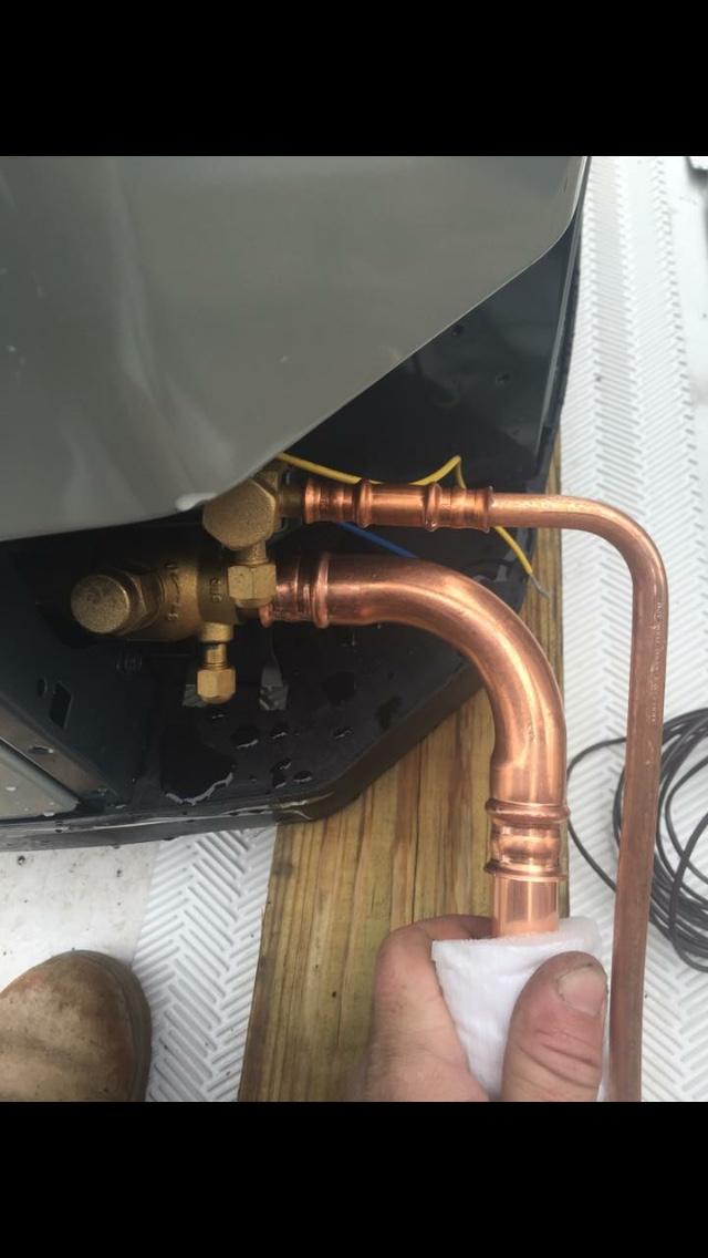 Parker Braze Free Refrigerant Connections