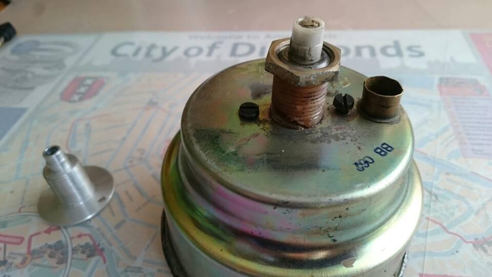 Compteur de vitesse réparation - Page 2 Efe4f2fd58ecf78ad2495b64873d3135