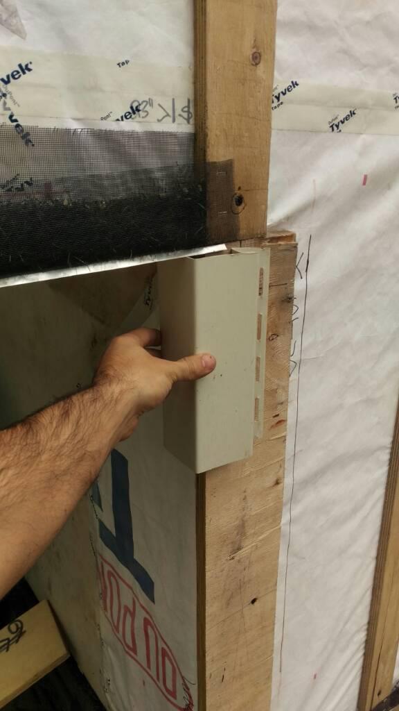 Vinyl Siding Overhang Details Amp Corner Posts Roofing