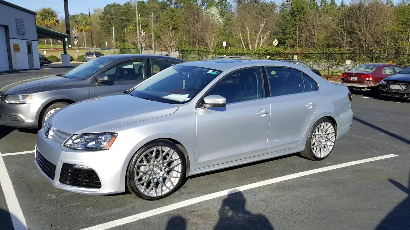 VWVortex.com - 19 inch wheels pics???