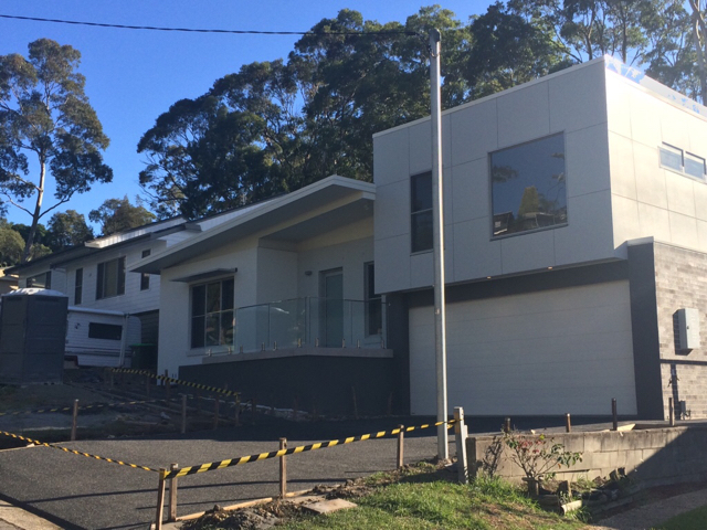 custom KDR - Newcastle NSW- Driveway pour