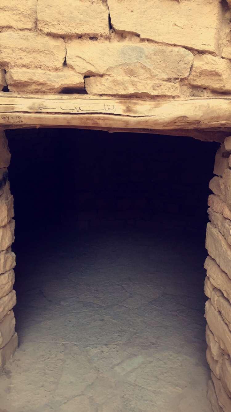 زيارتي لقلعة مارد التاريخية 8ce1df7e8353da7a6a8dccf58223c685.jpg