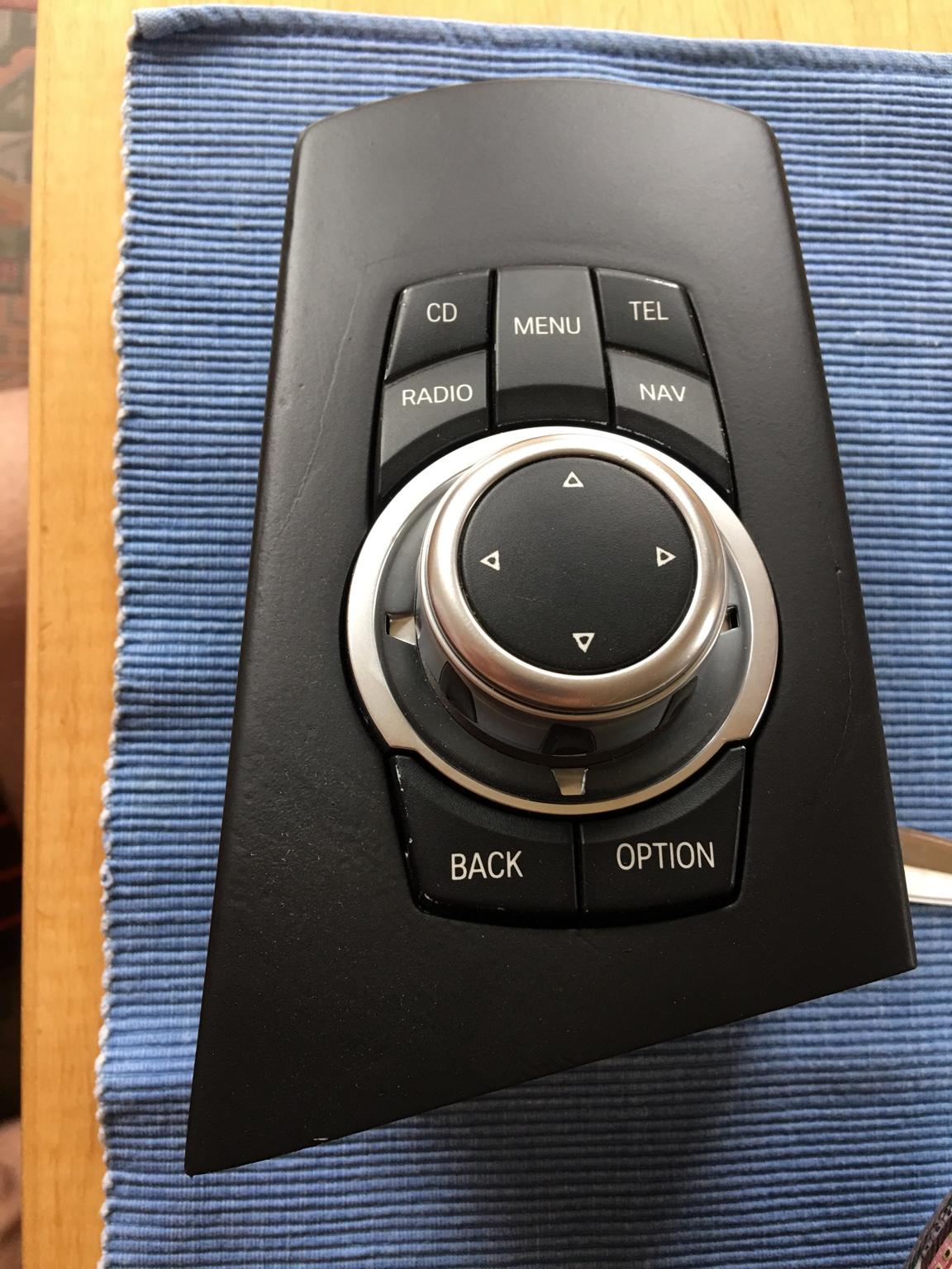E83 iPad Einbau und Hifi Upgrade [Archiv] - BMW X3 FORUM