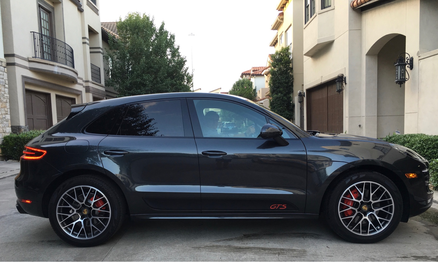 my new gts page 3 porsche macan forum. Black Bedroom Furniture Sets. Home Design Ideas