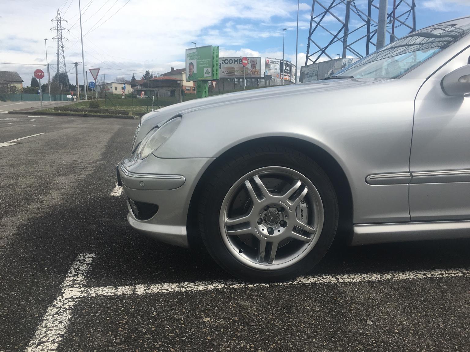 Discos de freno perforados mercedes benz for Mercedes benz c30