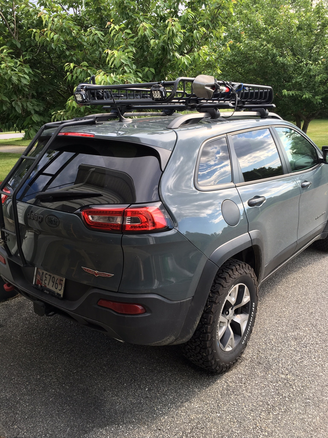 roof rack and tool mounts 2014 jeep cherokee forums. Black Bedroom Furniture Sets. Home Design Ideas