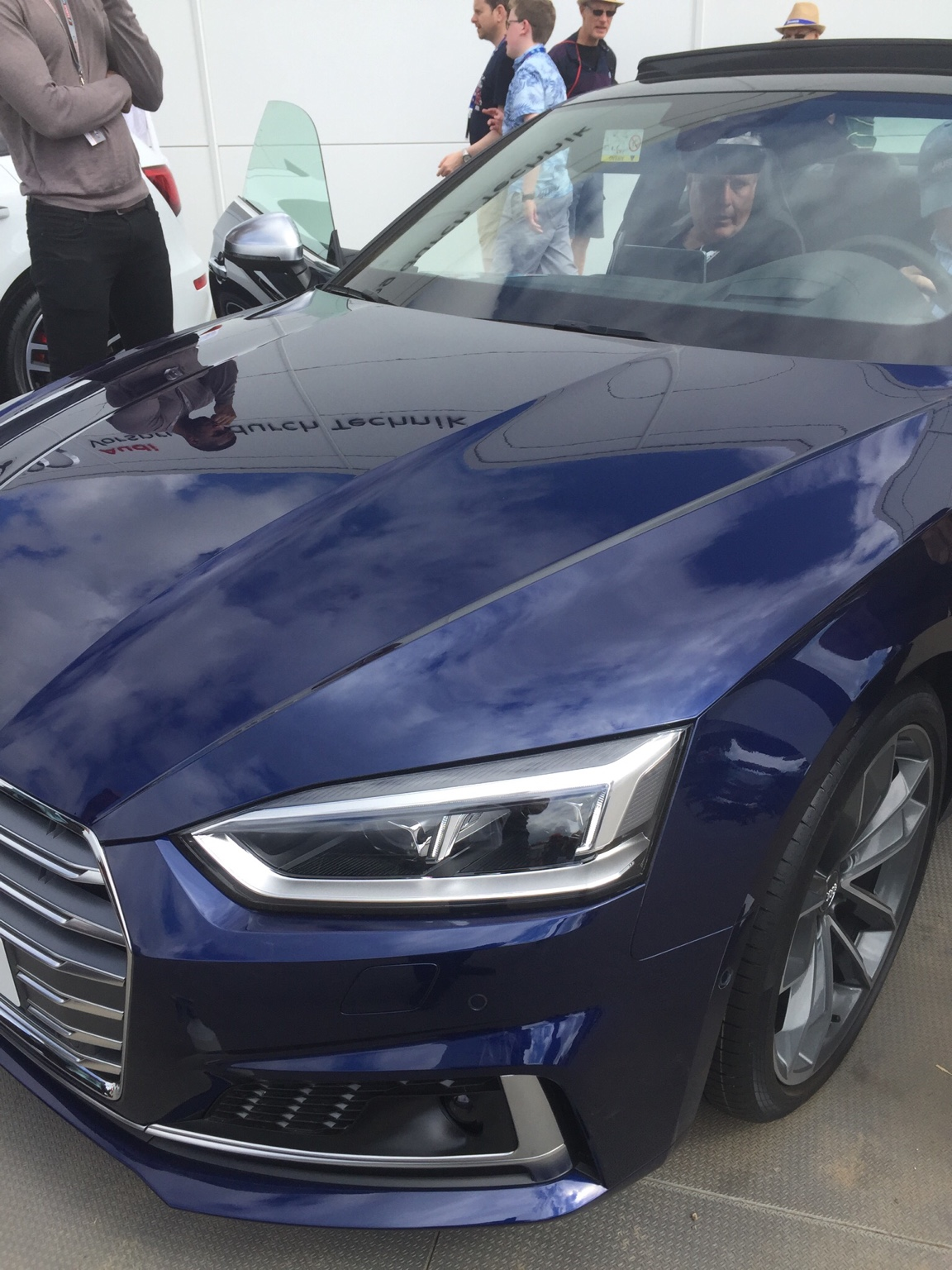 Navarra blue, I'm not impressed | Page 3 | Audi-Sport.net