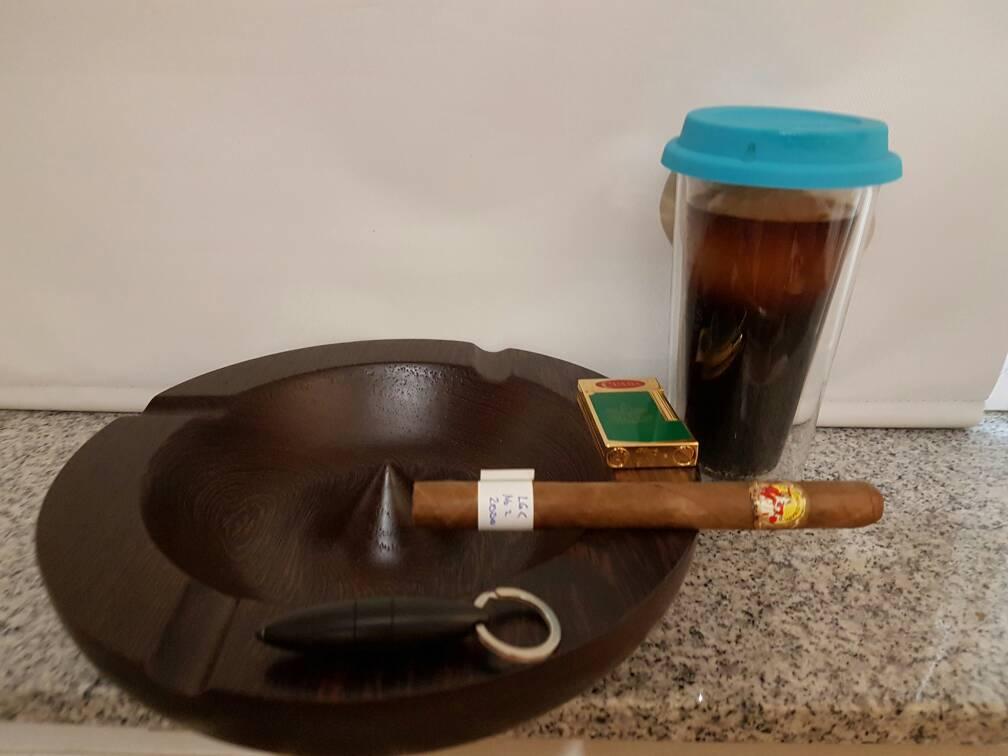 was raucht ihr gerade seite 2802 zigarrenforum das. Black Bedroom Furniture Sets. Home Design Ideas