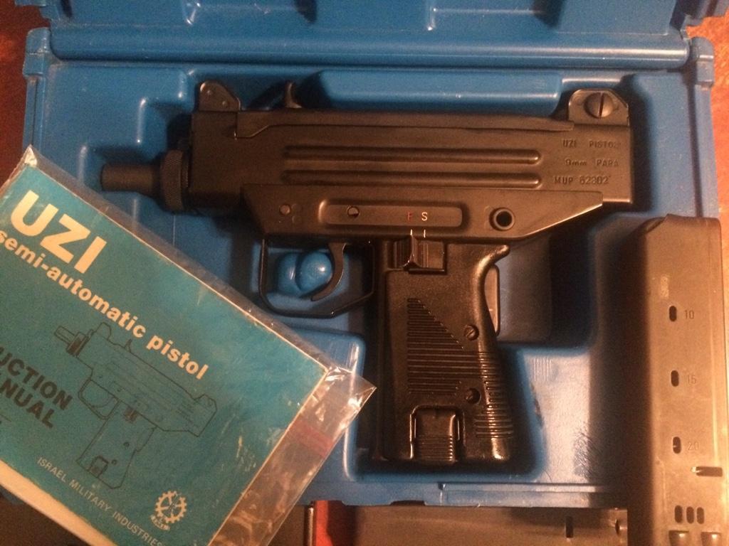 For sale trade imi uzi carbine made in israel 9mm - For Sale Trade Imi Uzi Carbine Made In Israel 9mm 19