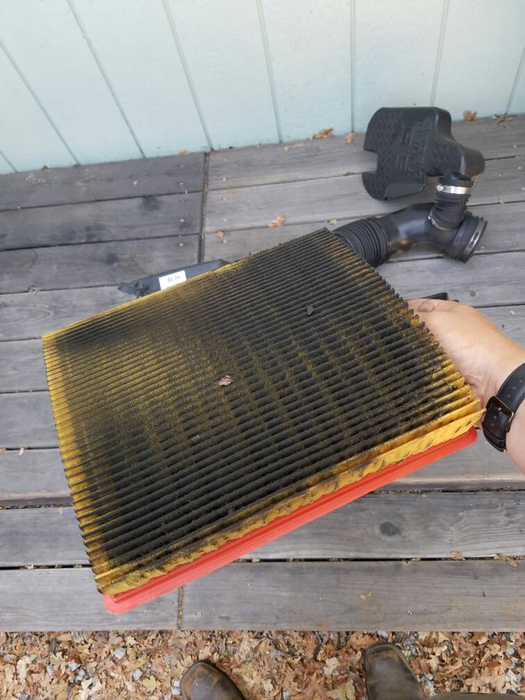 overly dirty air filter chevy and gmc duramax diesel forum. Black Bedroom Furniture Sets. Home Design Ideas