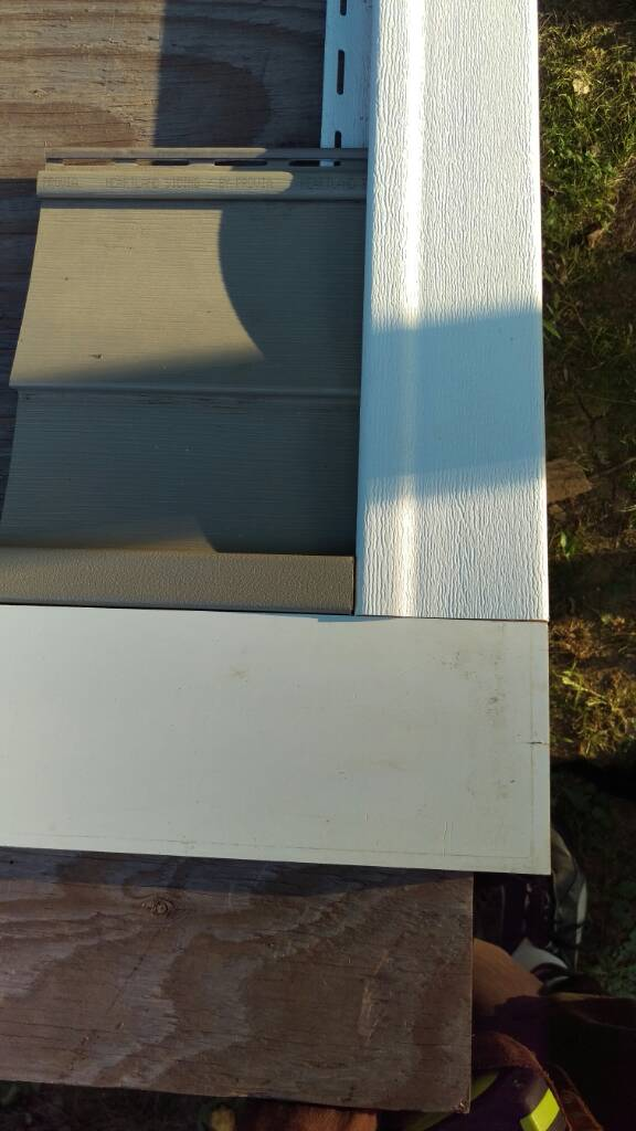 Vinyl Siding Water Table Amp Finishing Options Roofing