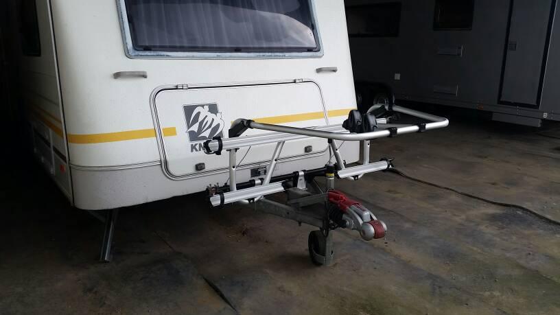 fahrradtr ger thule caravan superb an knaus s dwind 530 tk. Black Bedroom Furniture Sets. Home Design Ideas