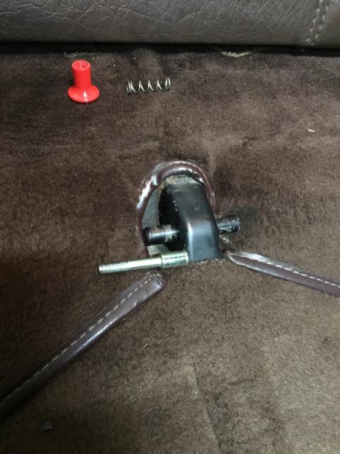 80 Sc Rear Seat Lock Knob Help Pelican Parts Forums