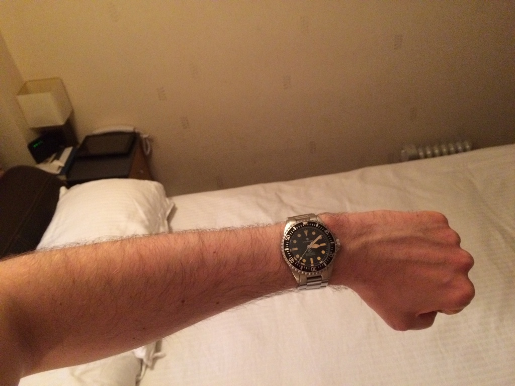how to take off a watch from your wrist