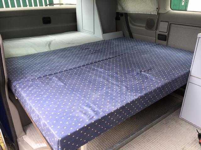selbstgebaute campingm bel seite 2 wohnmobil und wohnwagentechnik. Black Bedroom Furniture Sets. Home Design Ideas
