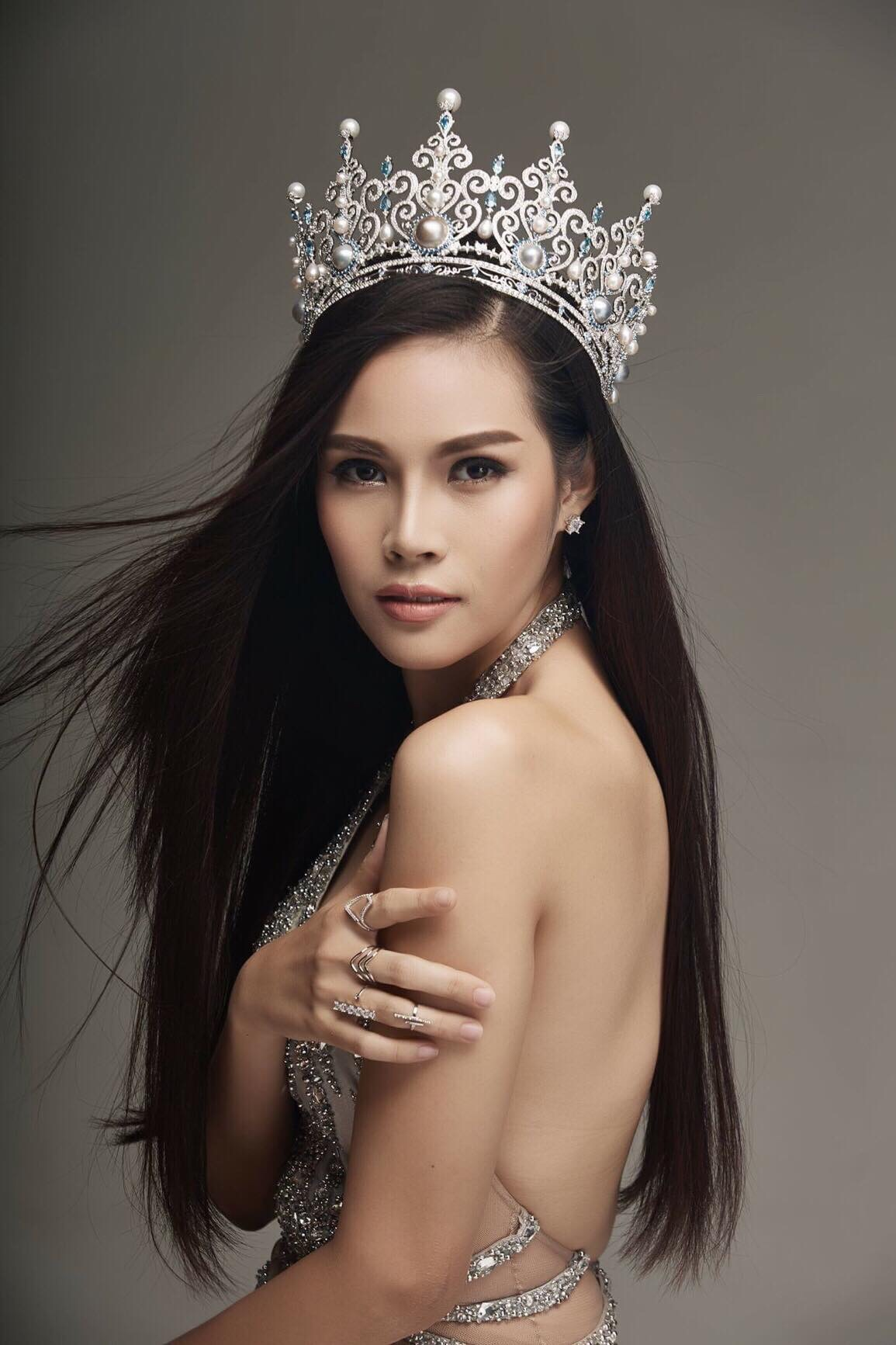 The most beautiful asian woman in the world
