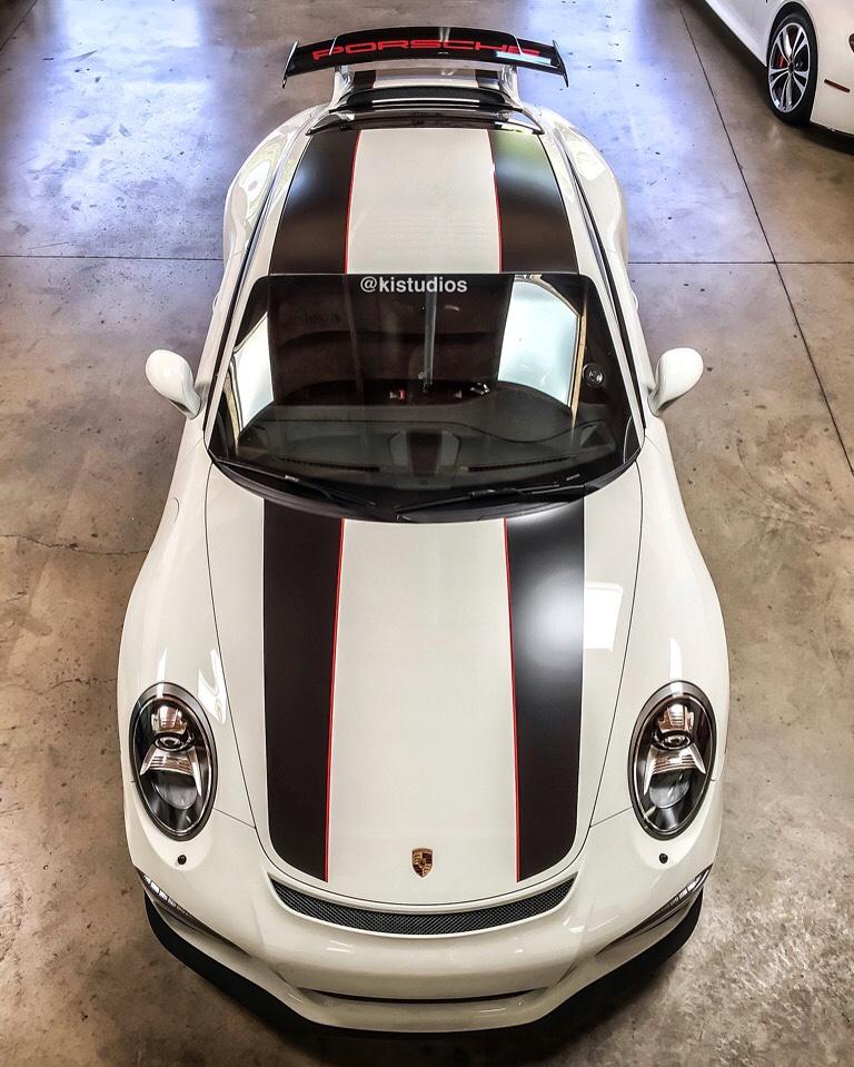 911R Stripes