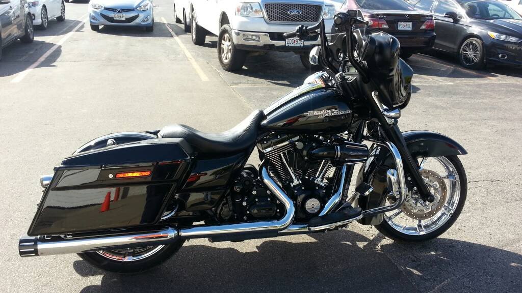 Fullsac Exhaust System Install [Archive] - Street Glide Forums