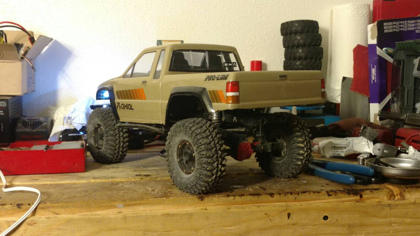 """Toyota Of Grand Rapids >> Pro-Line 1985 Toyota HiLux SR5 2-Piece Body for 12.3"""" - Page 3 - RCCrawler"""