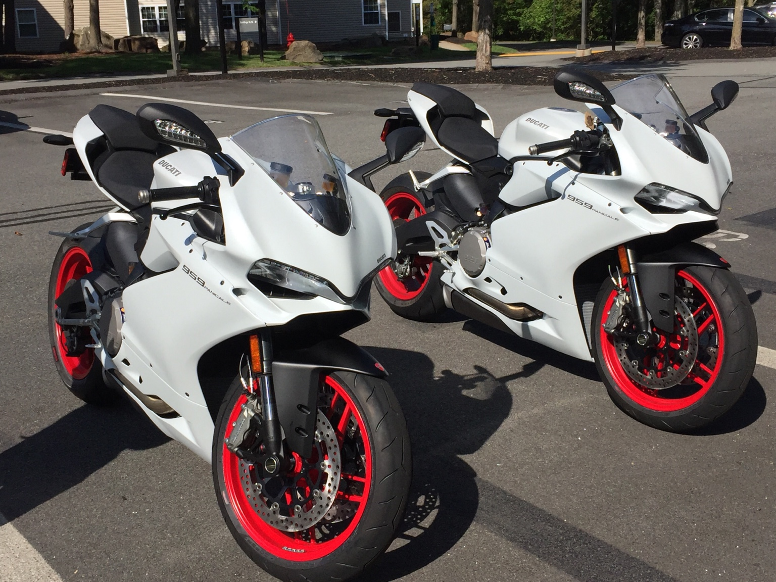 post your 959 panigale pictures page 13 ducati 959 panigale forum. Black Bedroom Furniture Sets. Home Design Ideas