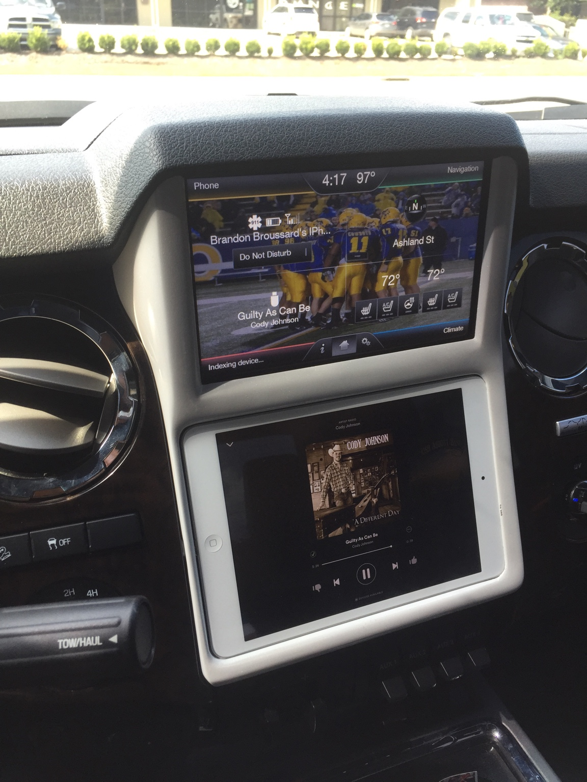 Ipad Mini In Dash Powerstrokearmy 2003 Chevy Silverado Im Curious To See How Yours Turns Out I Installed The Retrocustomz A While Back And Really Like It