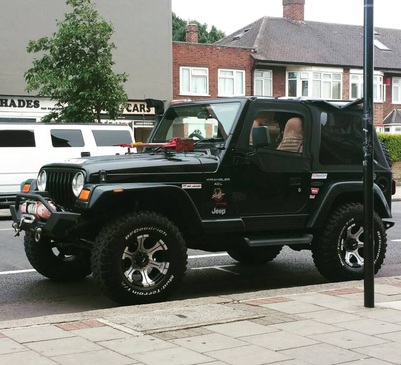 TJ with 2.5 inch lift w/ 33 or 32 inch tires - Jeep ...
