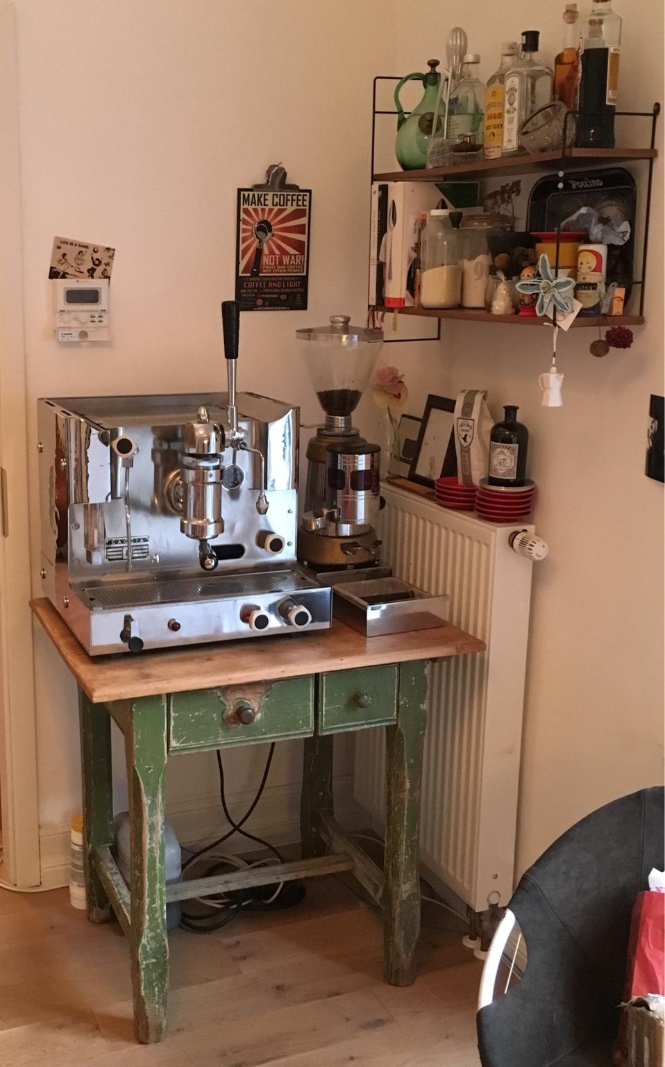 Erledigt Ca 100jahre Alter Bauerntisch Kaffeemaschinen Tisch