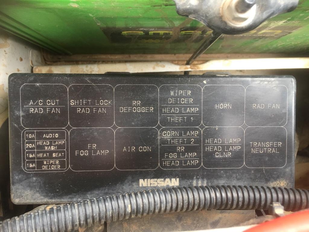 Y61 4 8 Fuse Box Engine Bay