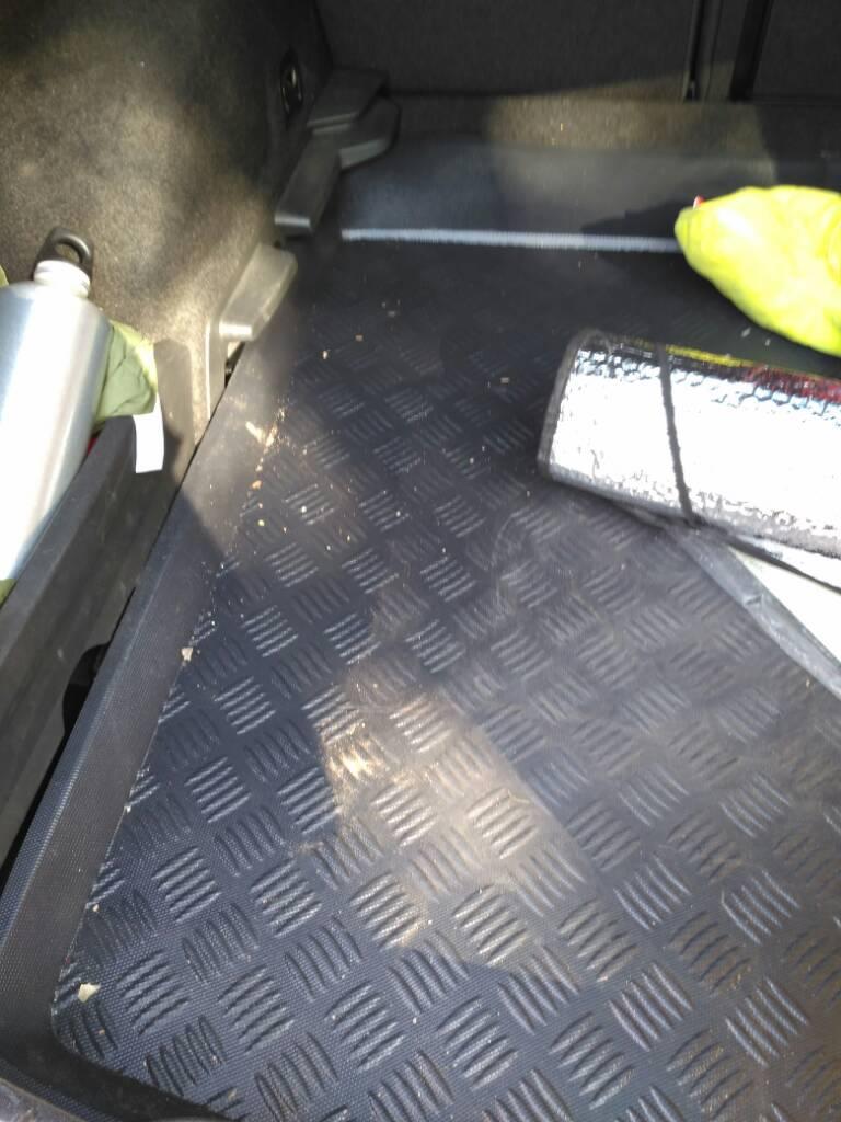 Bricoman a alfombra maletero para leon mk3 club de - Bricomania sevilla ...