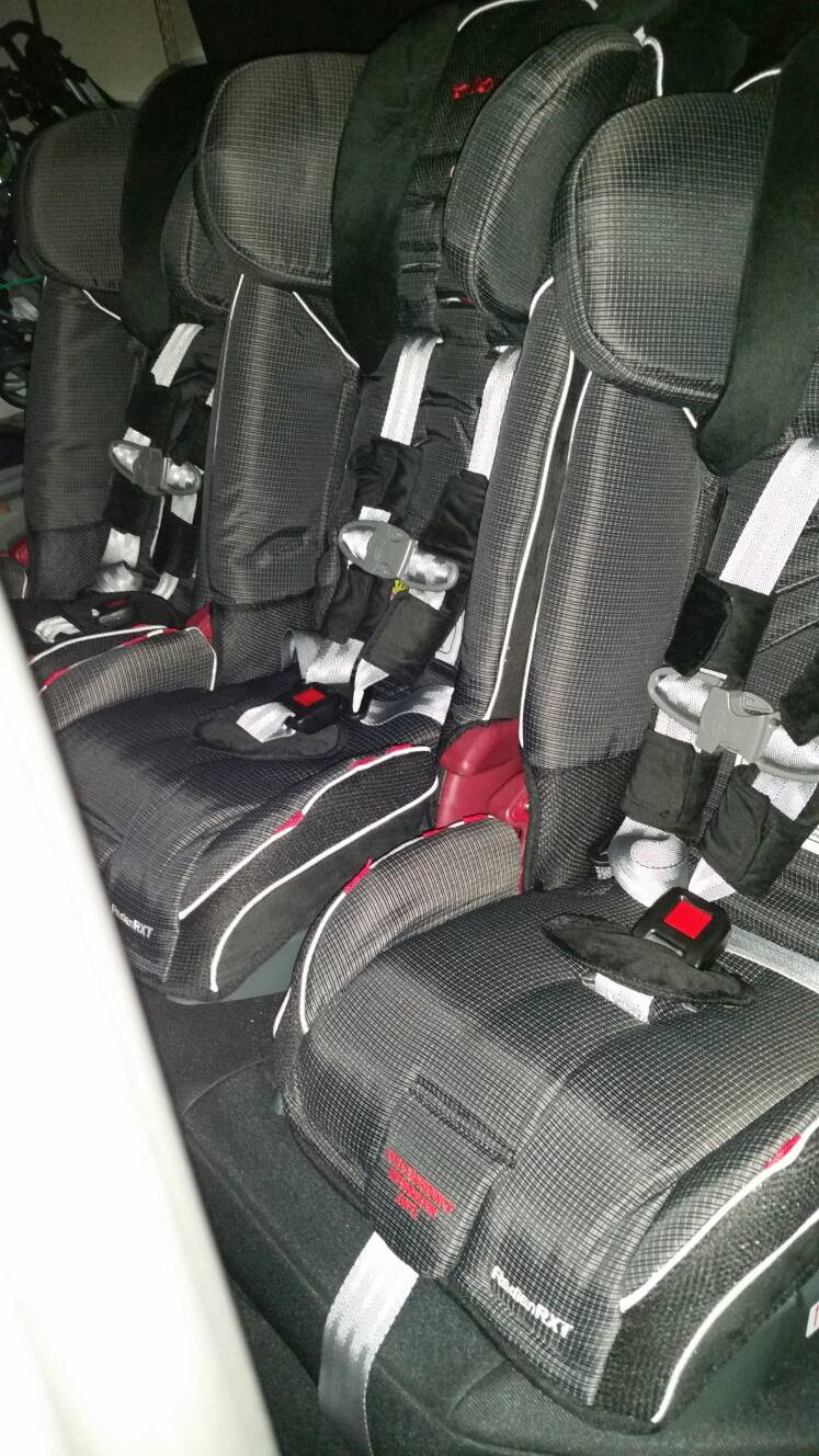 Daily driven 3 carseats kids love the r and always want to ride with daddy