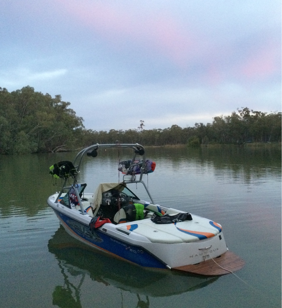 Decal Removal SAN  PlanetNautique Forums - Bass boat decals   easy removal