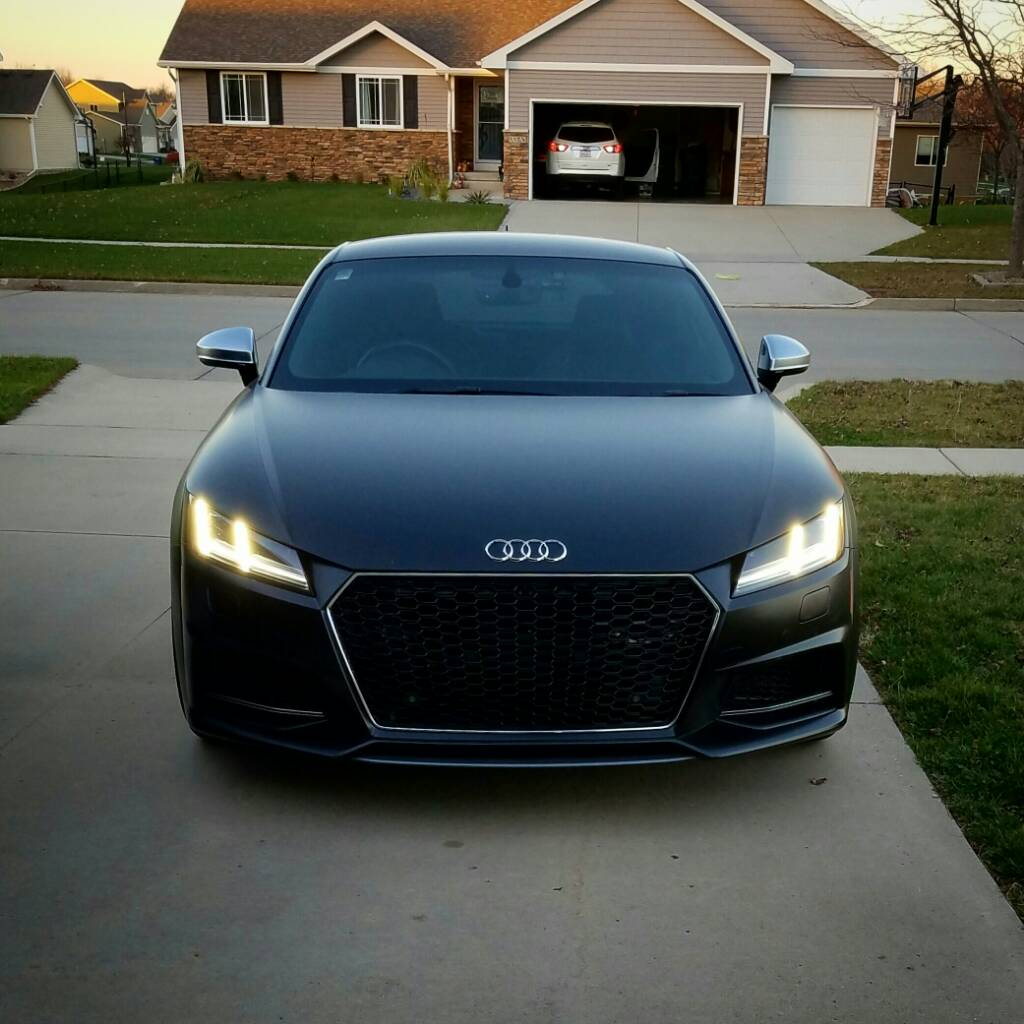TT-RS Style Grille Thread