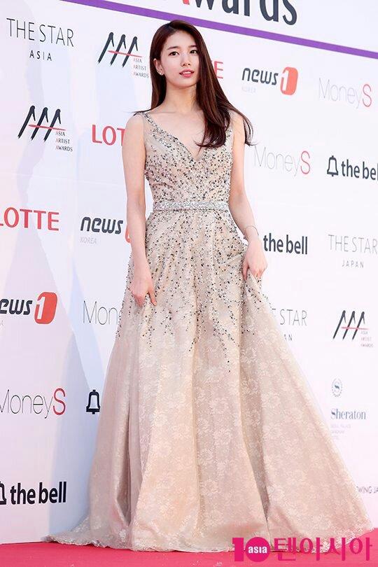 The Best Red Carpet Looks By Female Idols Celebrity Photos Onehallyu