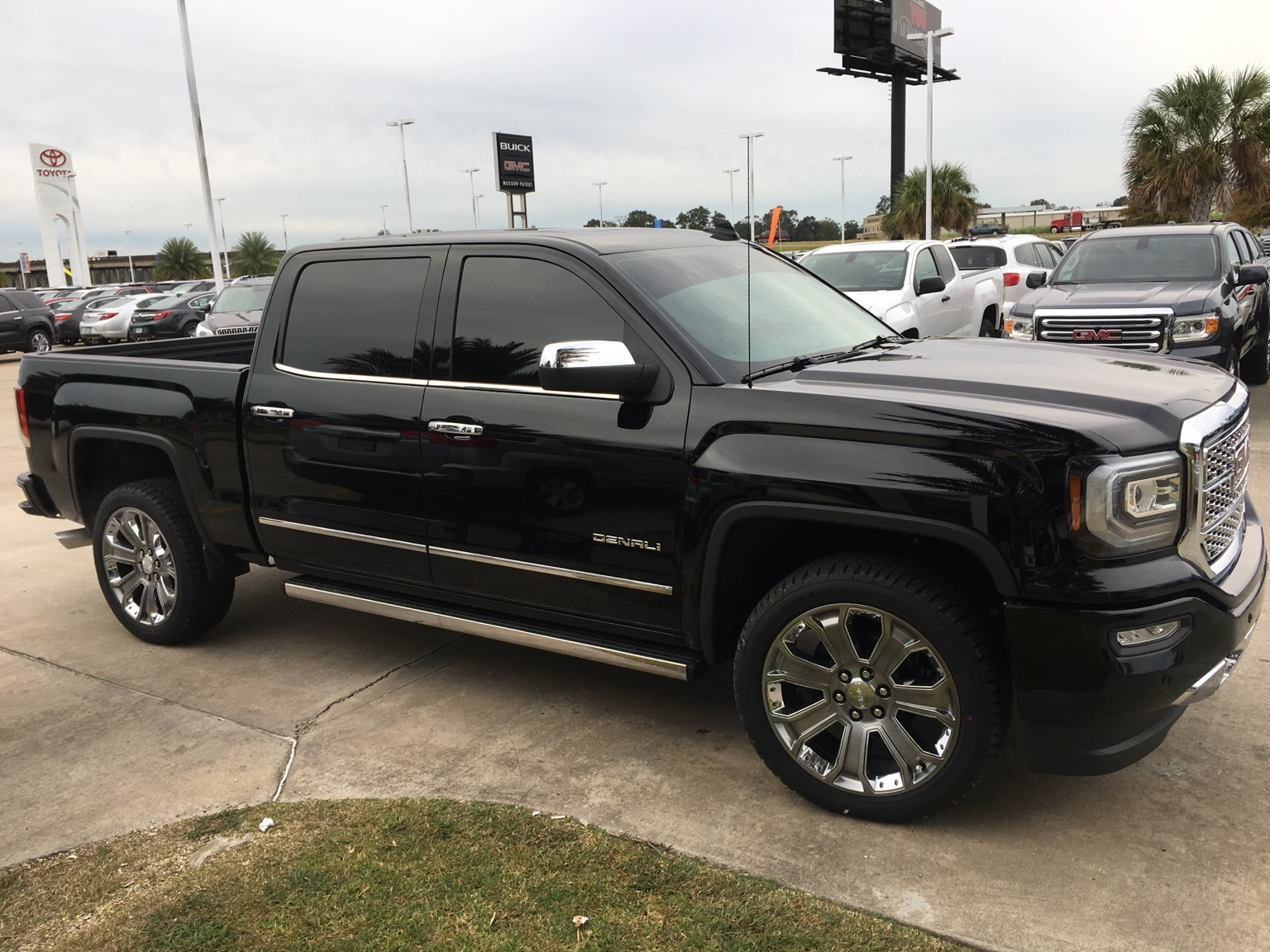 2017 gmc sierra denali ultimate not a build but will end up being a build build chevy truck. Black Bedroom Furniture Sets. Home Design Ideas