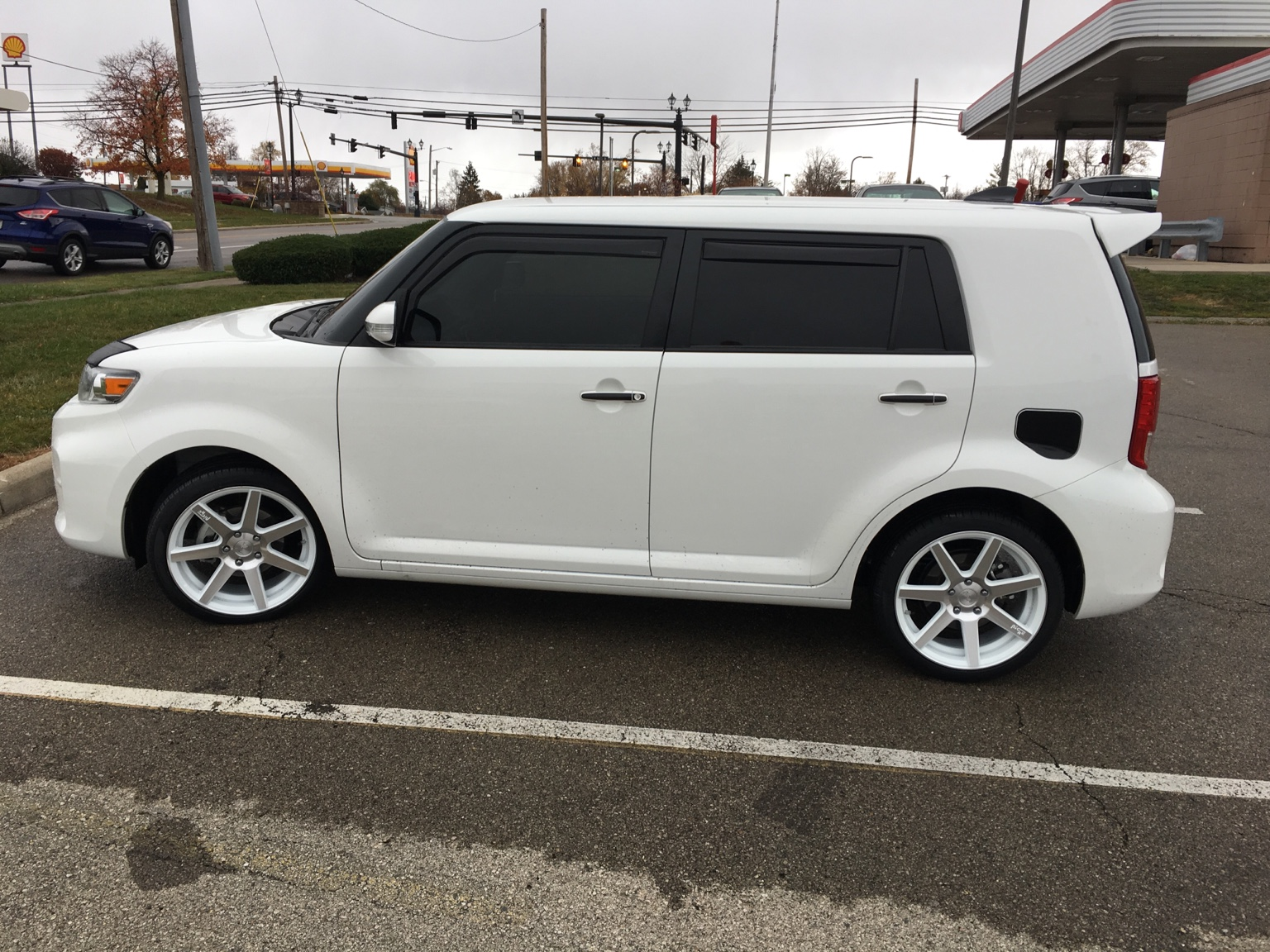 18 inch wheels on 2015 white scion xb scion xb forum. Black Bedroom Furniture Sets. Home Design Ideas