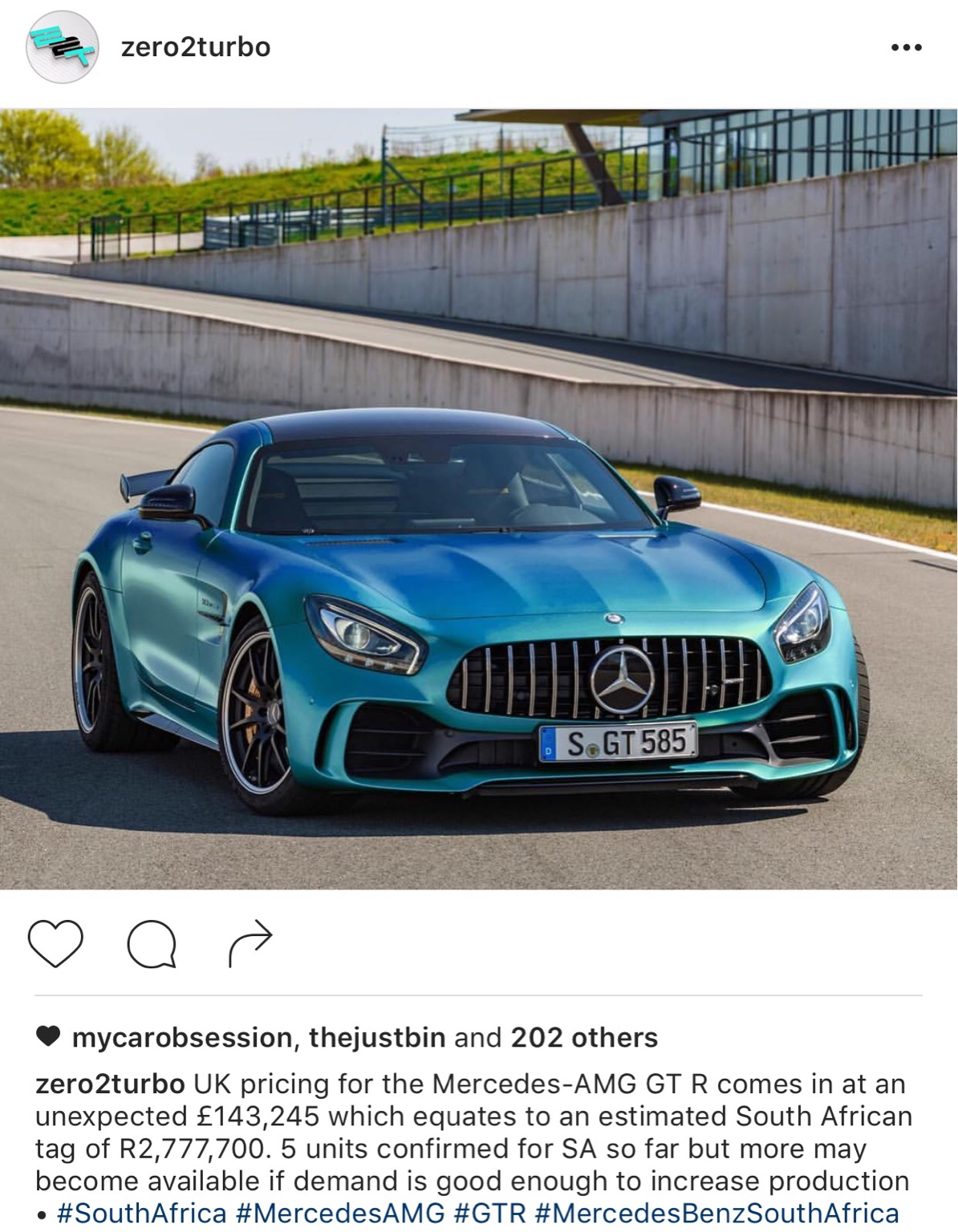 2017 mercedes amg gtr page 5. Black Bedroom Furniture Sets. Home Design Ideas