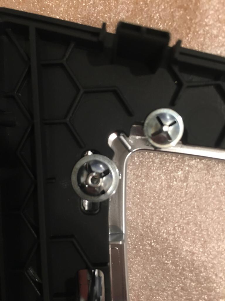 wie bekomme ich die klammer ab werkstattecke einbau tipps tricks bmw 3er forum f30 f31. Black Bedroom Furniture Sets. Home Design Ideas