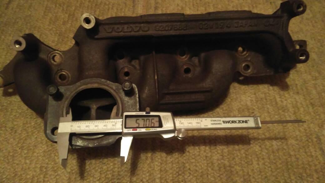 T5 vs  R exhaust manifold