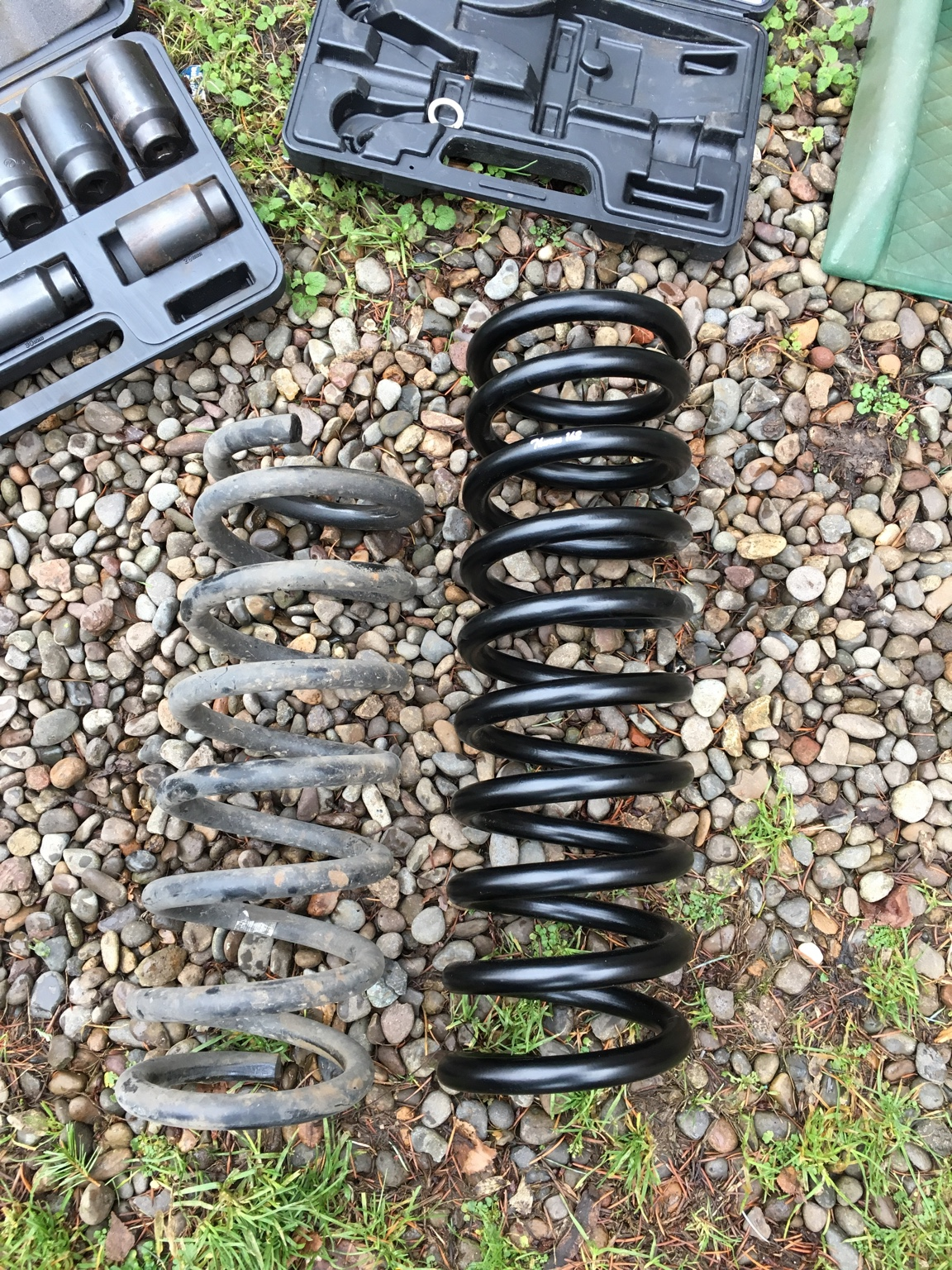 2 Quot Thuren Hemi Coils Overland Front Shocks And