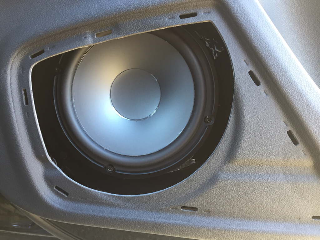 B8 Aftermarket Sound System Pictures [Archive] - Page 5 - Audizine ...