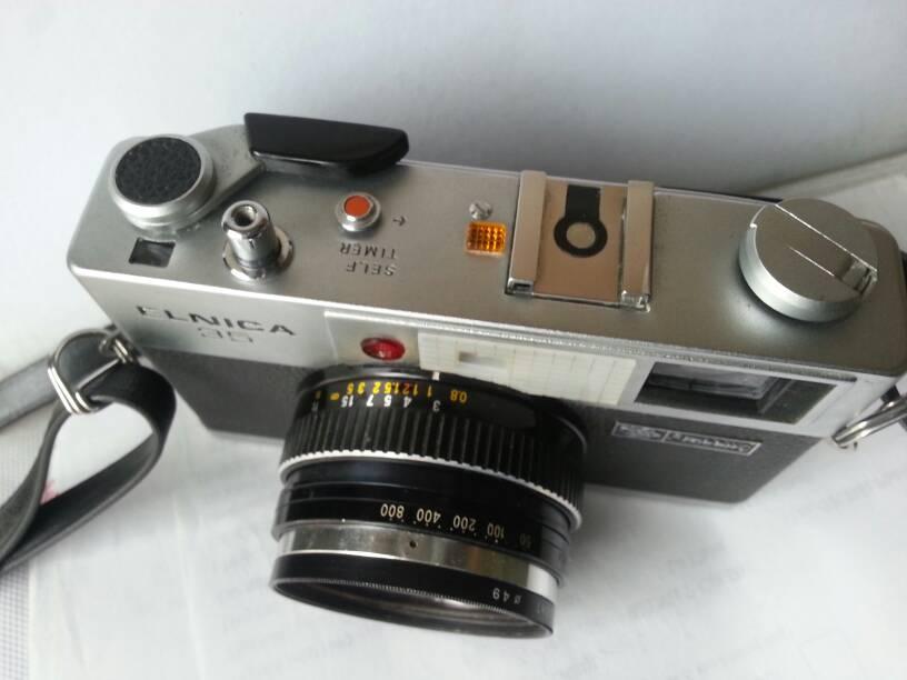 Máy phim ENICA 35 (Ricoh) hoạt động hoàn hảo , skyligh kenko xin , giá bán 1.500.000