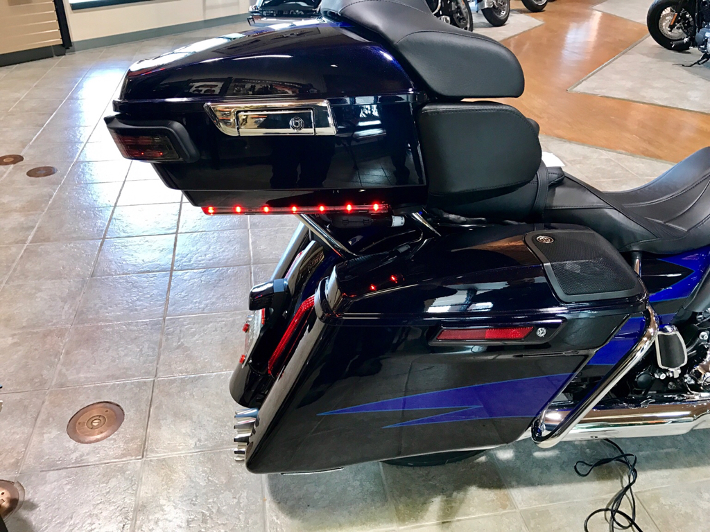 2017 CVO with color match tourpak and 8 speakers pics... Street Glide Tour Pak Wiring Harness on