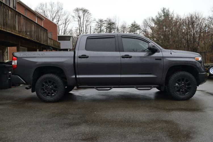 275/70/18 Tire Photos on stock TRD Pro - Page 14 ...