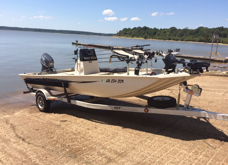 Xpress Boats For Sale >> Xpress 18cc Bay Crappie Boat for sale