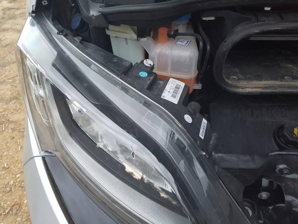 Tornillos de regulacion de faros delanteros mercedes