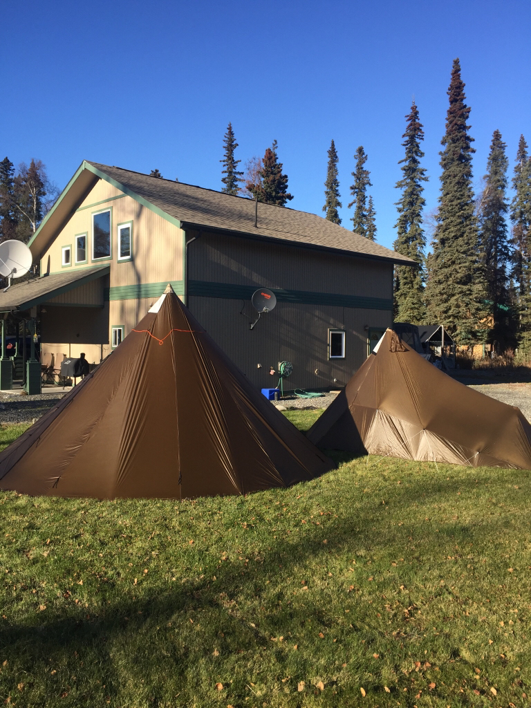 side by side of the size difference between sawtooth and 8man setup & Kifaru tent review / opinions