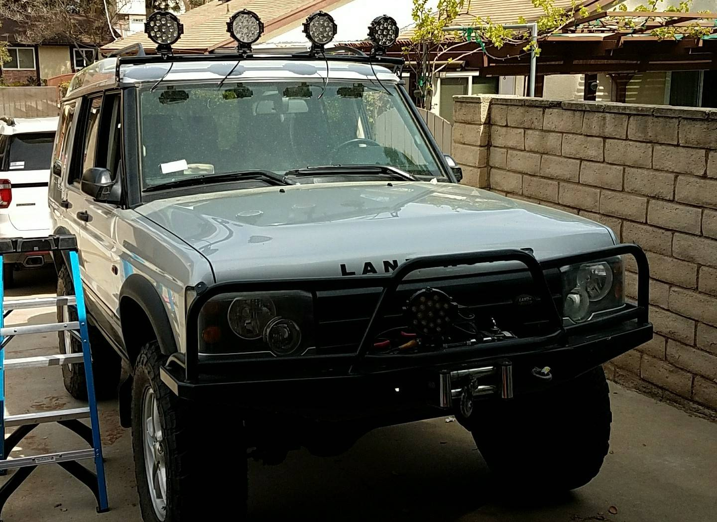 Reduced terrafirma light bar for disco 2 land rover forums for sale terrafirma light bar for disco 2 holds 4 lights install to rain gutter been on my disco for only a week decided to get a baja rack mozeypictures Image collections